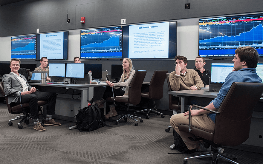 Business students learn in the Finance and Analytics Lab
