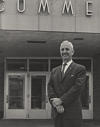 Dean Gaumnitz