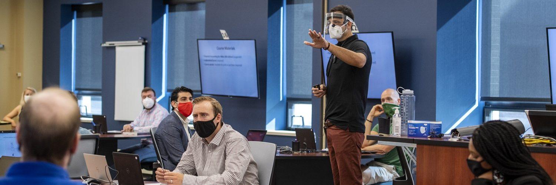 Professor-Fabio-Gaertner-PPE-teaches-MBA-wsb-hero
